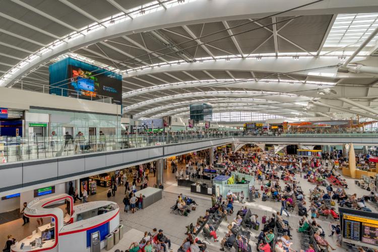 Gordon Bell / Shutterstock heathrow airport